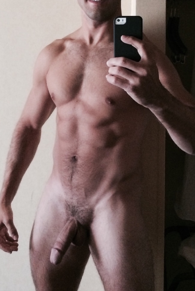 Natural nude men pennis